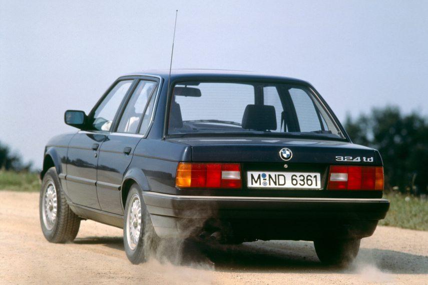 BMW 324td sedan E30 4