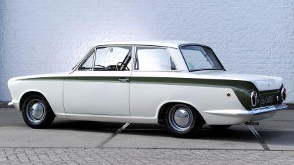 Ford Cortina Lotus MkI 4