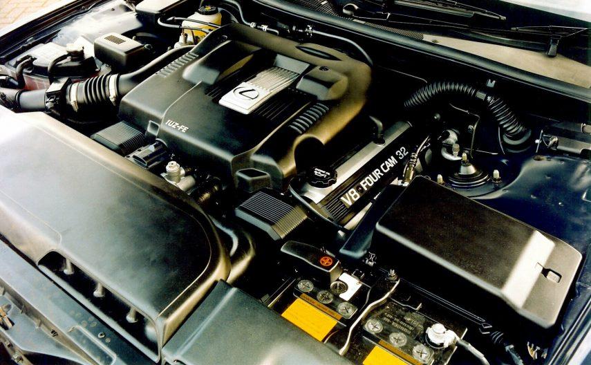 Lexus LS 400 UCF20 4