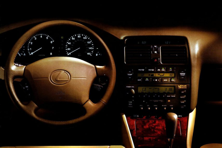 Lexus LS 400 UCF20 5
