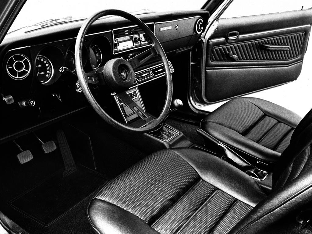 Mazda RX 2 coupe 3