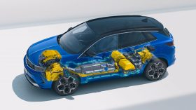 Opel Grandland Hybrid4 2021 (15)