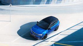 Opel Grandland Hybrid4 2021 (5)