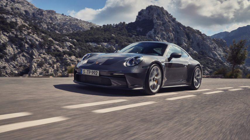 Porsche 911 GT3 Touring 2022, un extremo relativamente comedido