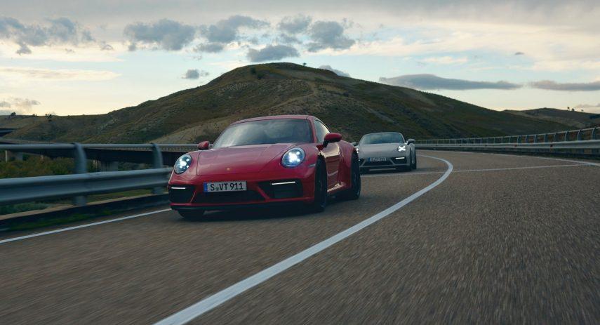 Porsche 911 GTS Coupe 2022 (1)
