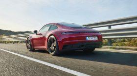 Porsche 911 GTS Coupe 2022 (4)