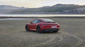 Porsche 911 GTS Coupe 2022 (8)