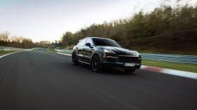 Porsche Cayenne Coupe Record Nurburgring (2)