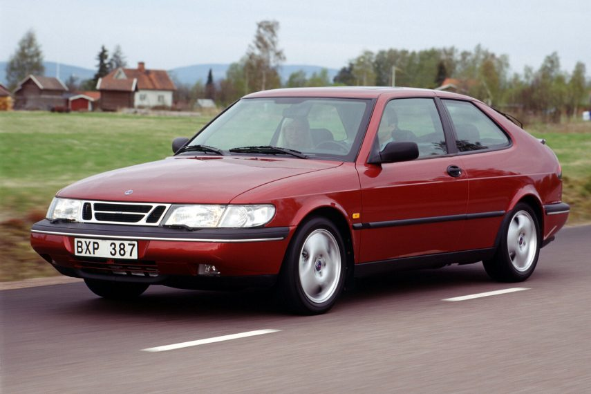 Saab 900 SE Turbo Coupe 2