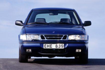 Saab 900 SE Turbo Coupe 3