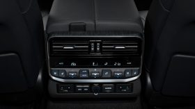 Toyota Land Cruiser 300 2022 (20)