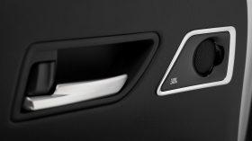 Toyota Land Cruiser 300 2022 (26)