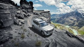 Toyota Land Cruiser 300 2022 (34)