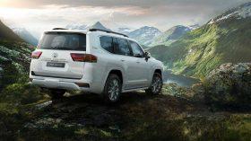 Toyota Land Cruiser 300 2022 (35)