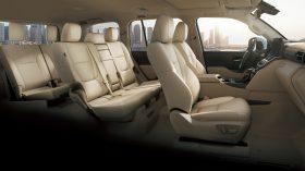 Toyota Land Cruiser 300 2022 (39)