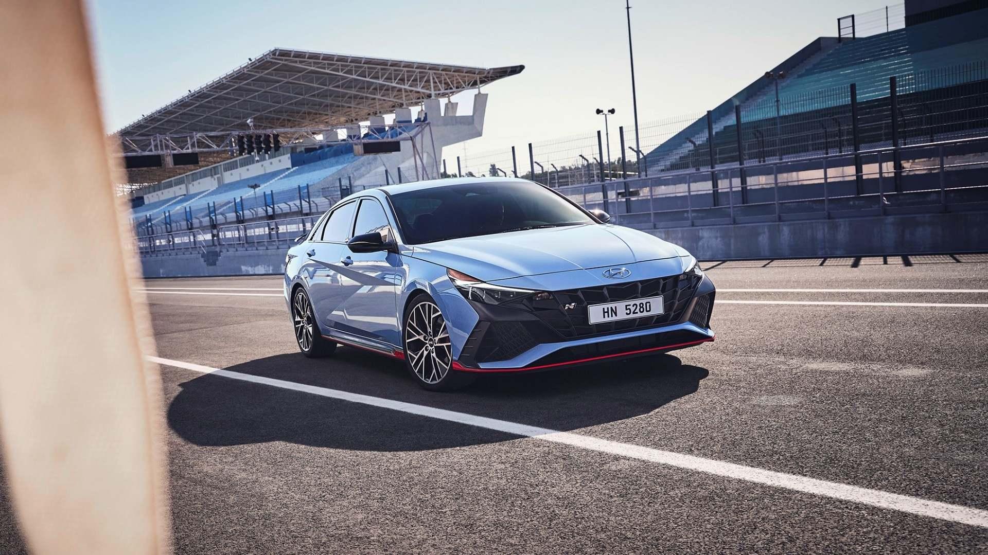 Hyundai Elantra N 2022, para ir de un punto a otro con algo más de diversión