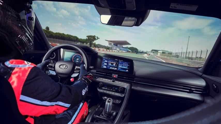 Hyundai Elantra N 2022 (7)