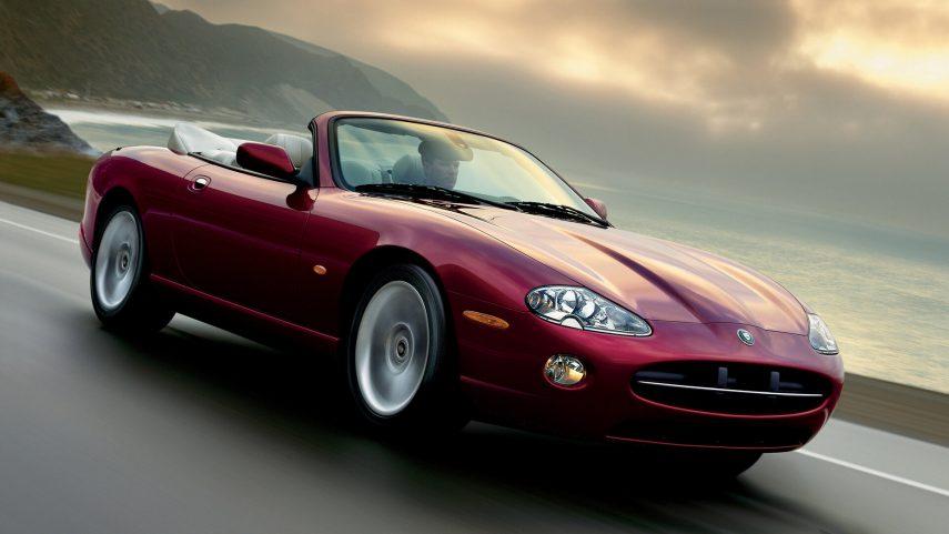 Jaguar XK8 2004 1