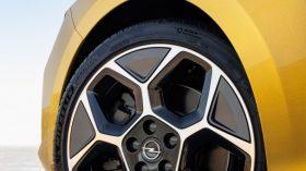Opel Astra 2022 (14)