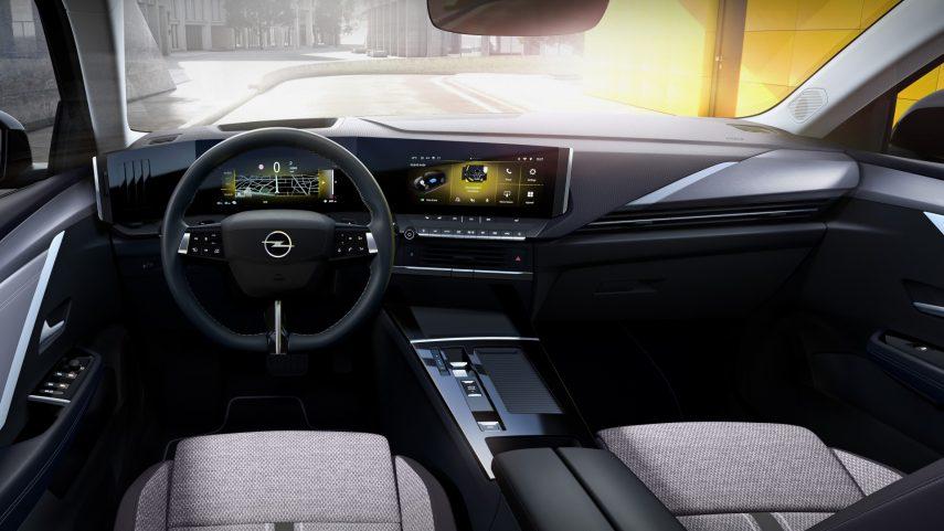 Opel Astra 2022 (16)