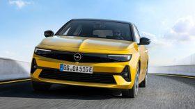 Opel Astra 2022 (2)
