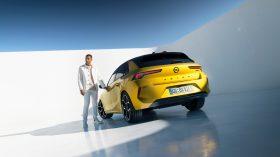 Opel Astra 2022 (20)