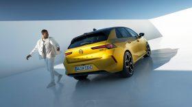 Opel Astra 2022 (21)