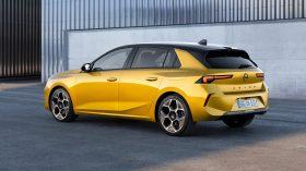 Opel Astra 2022 (4)
