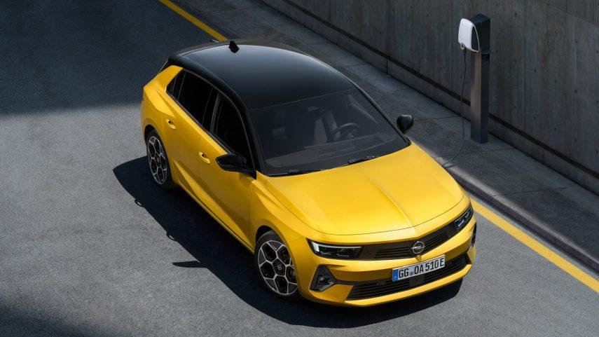 Opel Astra 2022 (5)