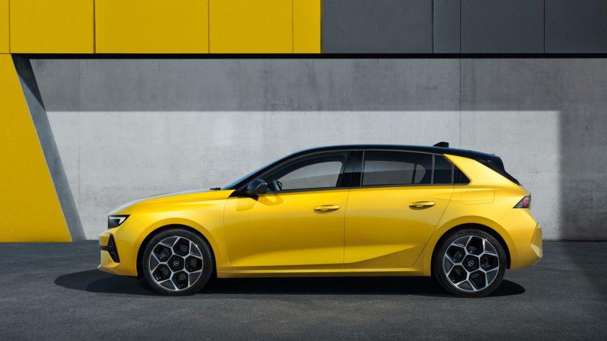 Opel Astra 2022 (7)