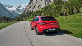Porsche Macan GTS 2022 (2)