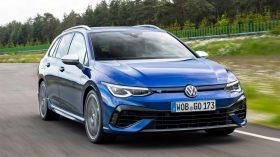 Volkswagen Golf R Variant 2021 (1)