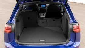 Volkswagen Golf R Variant 2021 (16)