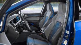 Volkswagen Golf R Variant 2021 (19)