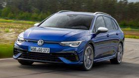 Volkswagen Golf R Variant 2021 (2)
