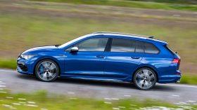 Volkswagen Golf R Variant 2021 (5)