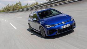Volkswagen Golf R Variant 2021 (9)