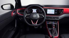 Volkswagen Polo GTI 2022 (13)