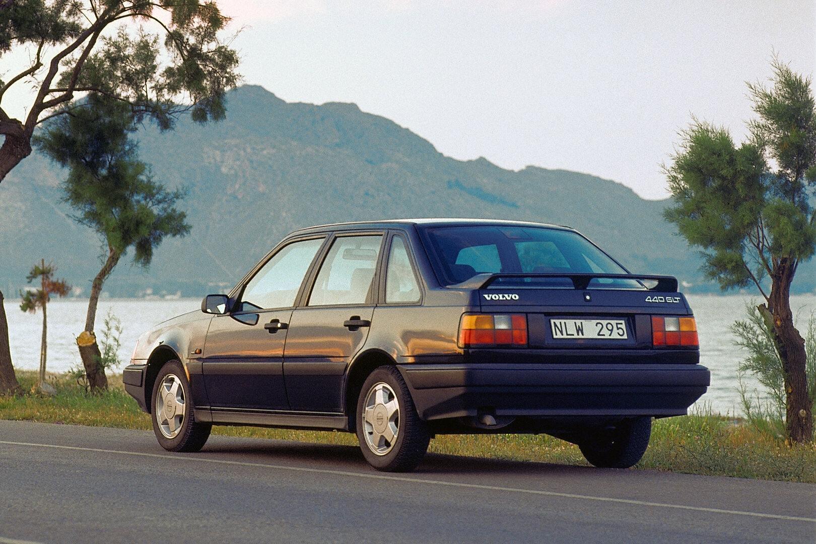 Volvo 440 GLT 3